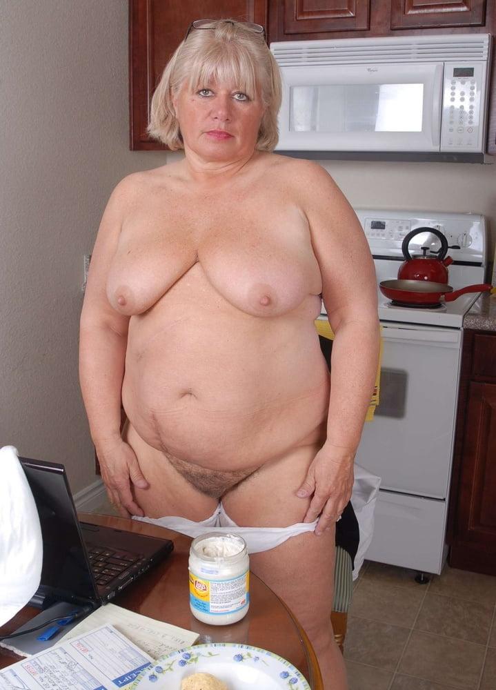 пожилые толстушки фото голые