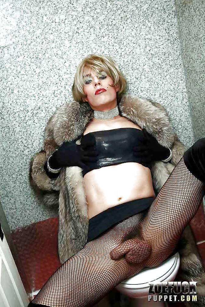 Порно фото транссексуалов в шубах — pic 1