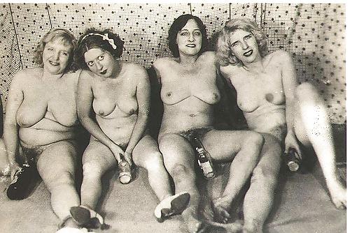 Naked women group sex