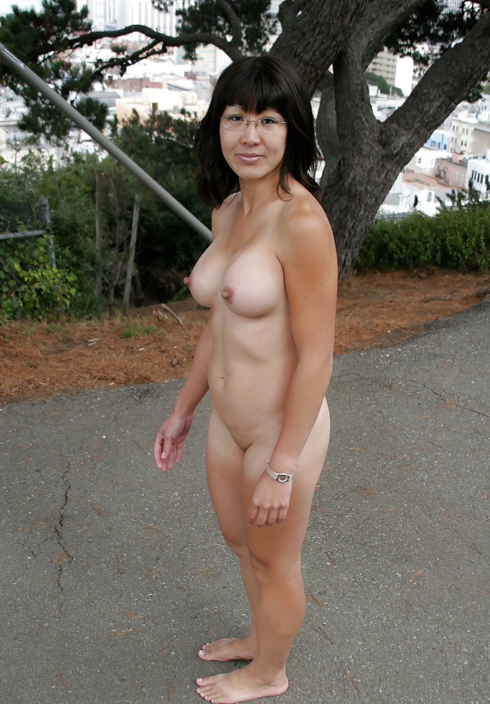 Naked ladies in public places-4630