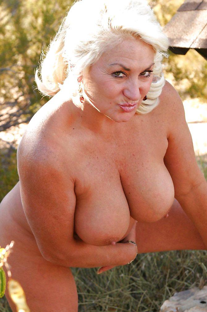 Blonde busty granny, cumshot dry hump photos