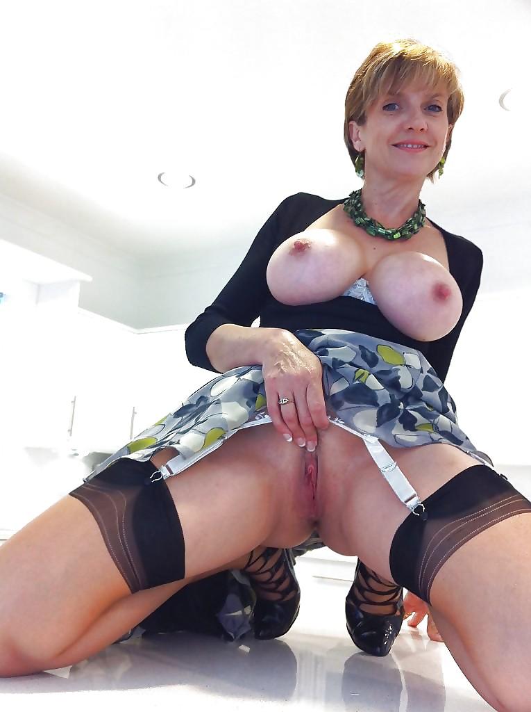 sexy-mature-cam