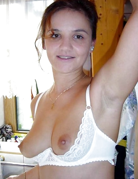Milf small tits shelf