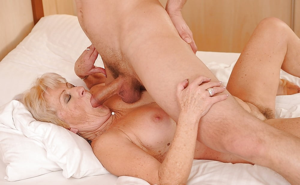 Naked older ladies having sex #8