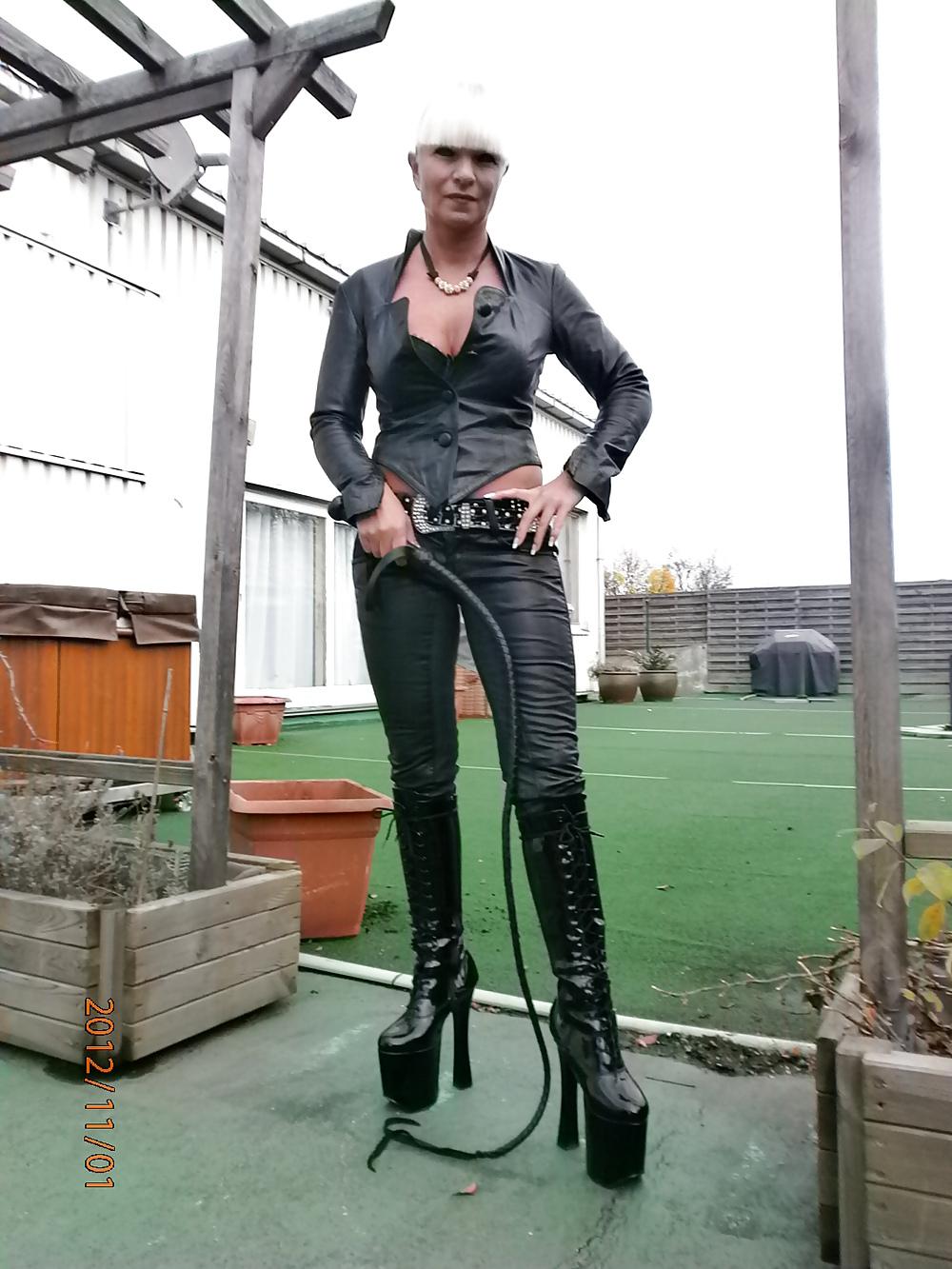 Miss Lady Tina, BDSM, Strapon, Mistress, Domina, Herrin