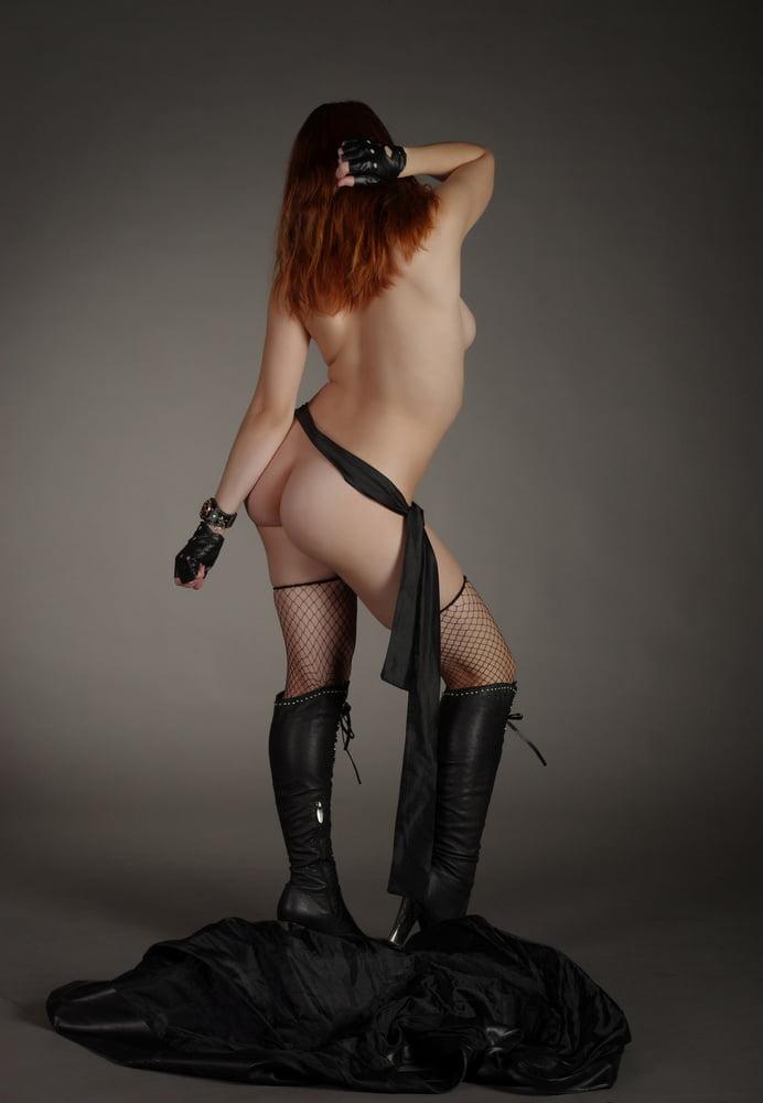 Busty gabriella romano striptease - 1 4