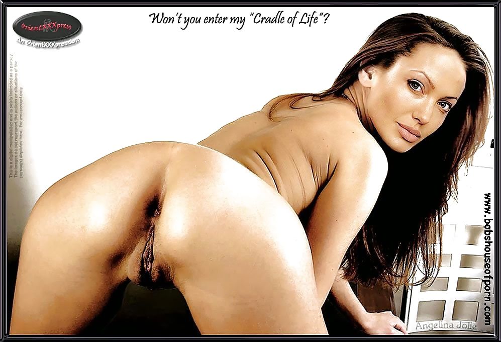 Naked Angelina Jolie Opening His Pussy Pic