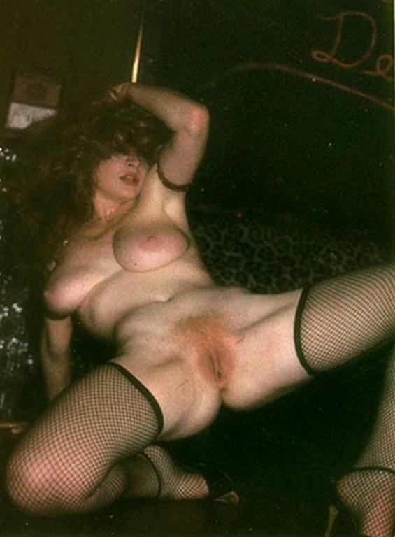 Lisa De Leeuw Tits