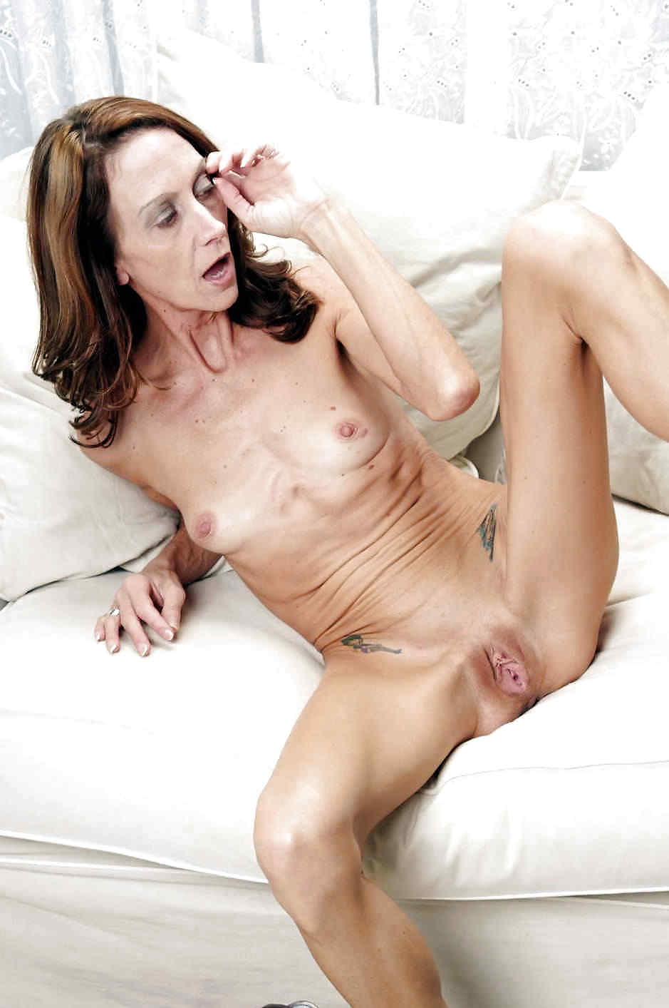 Mature horny skinny women