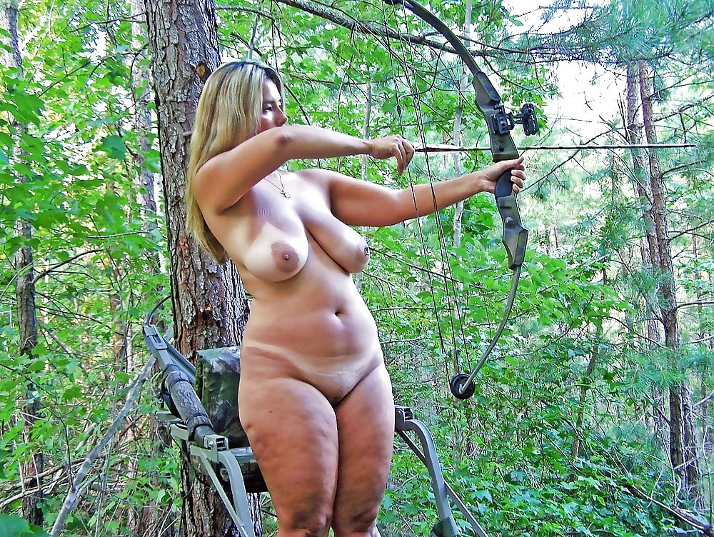 Pictures of sexy women hunters