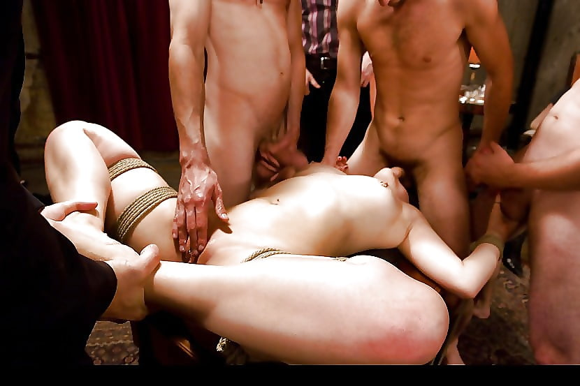 bdsm-onlayn-tolpoy-analnie-zhenskie-orgazmi-narezka-video-onlayn
