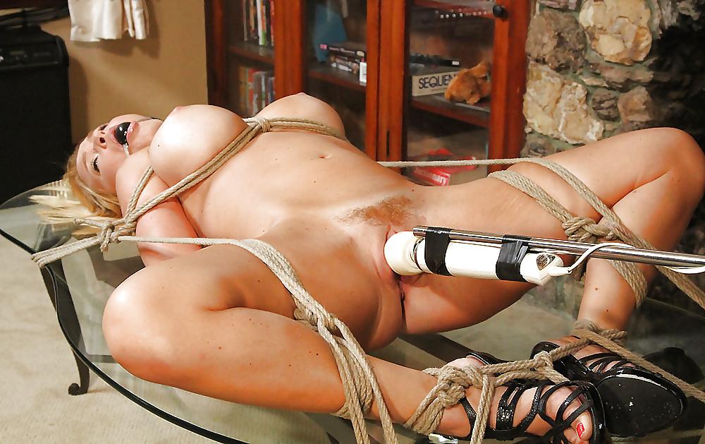 Порно где девушки замотаны веревкой
