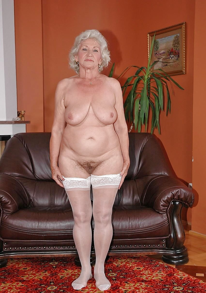 Pretty old lady naked 7