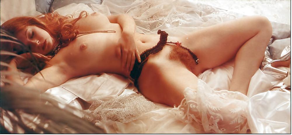 elvira-naked-nude