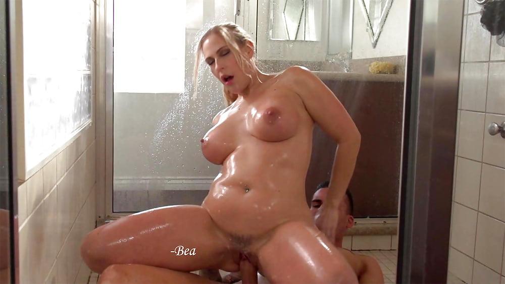Busty Lena Takes Hot Shower Got Porn 1