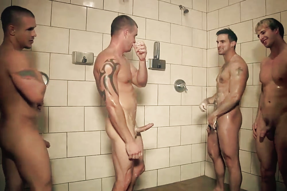 Men in shower locker rooms naked — pic 8