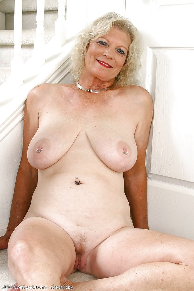 Supersexy older women naked