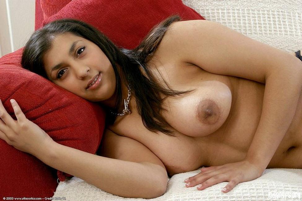 Big boobs aunty - 14 Pics