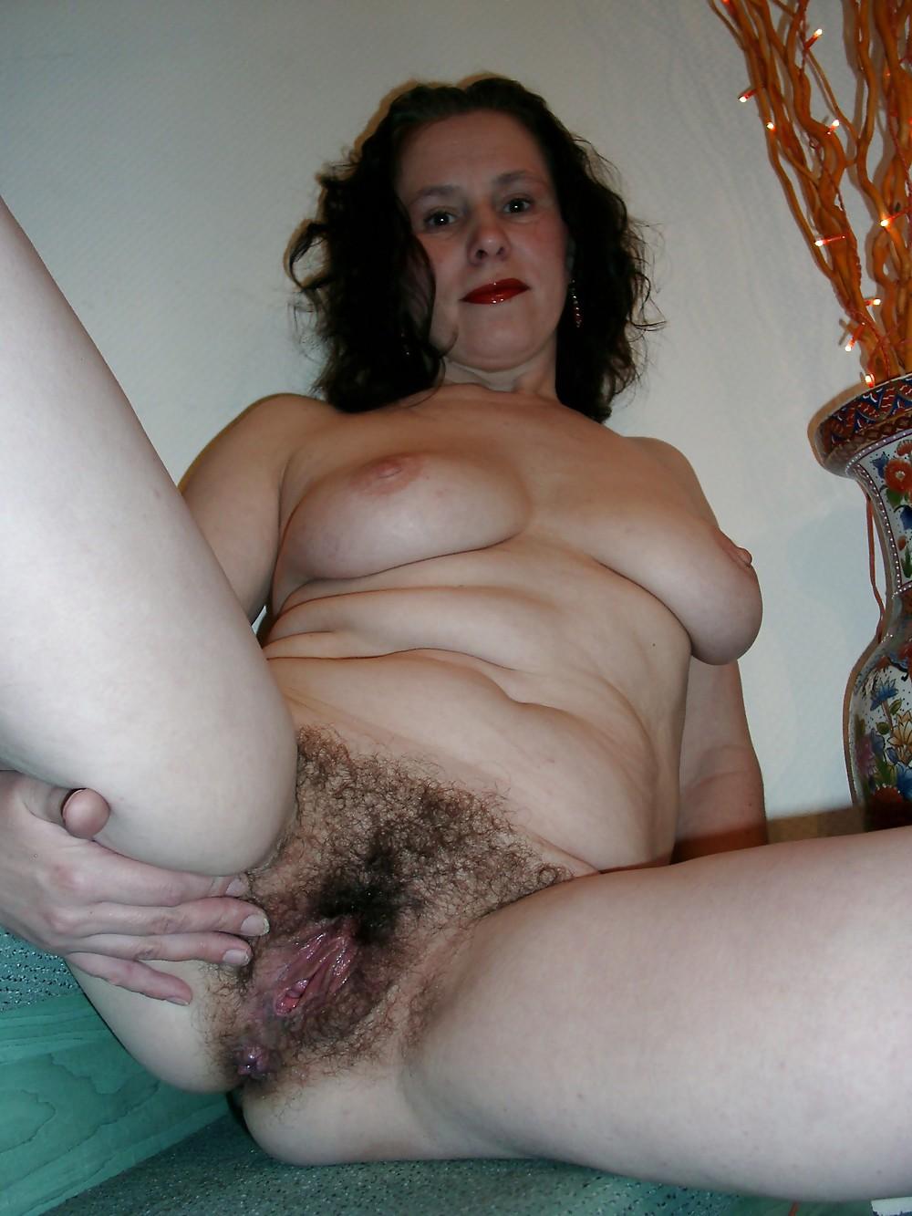 Порно фото волосатые пожилые женщины