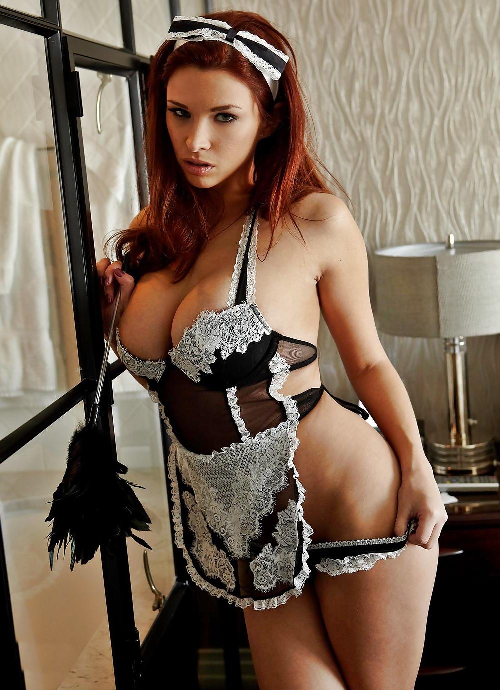 Taylore jerk sexy uniform cleavage renee occonor