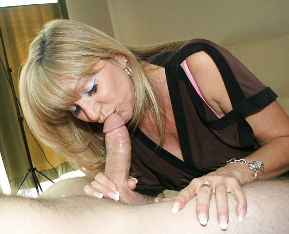 Mature Wives Giving Blowjobs