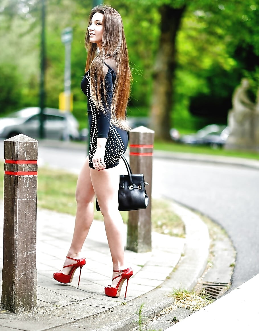 Street style outfit chinese girl sexy beautiful fresh sprouting
