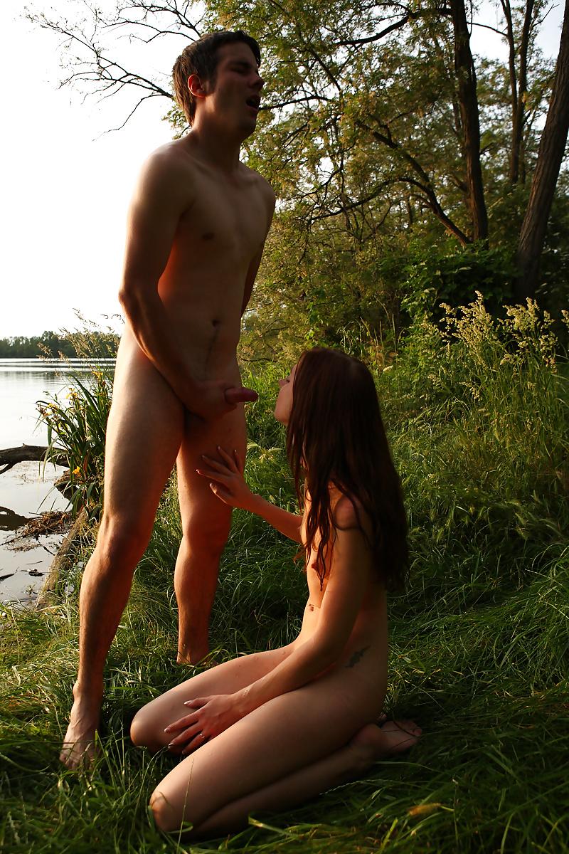девушки изящная минет на берегу реки заходите смотрите