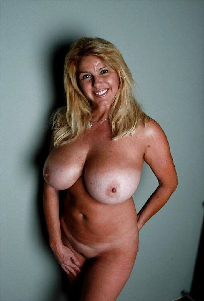 Big tits women cougars church girls