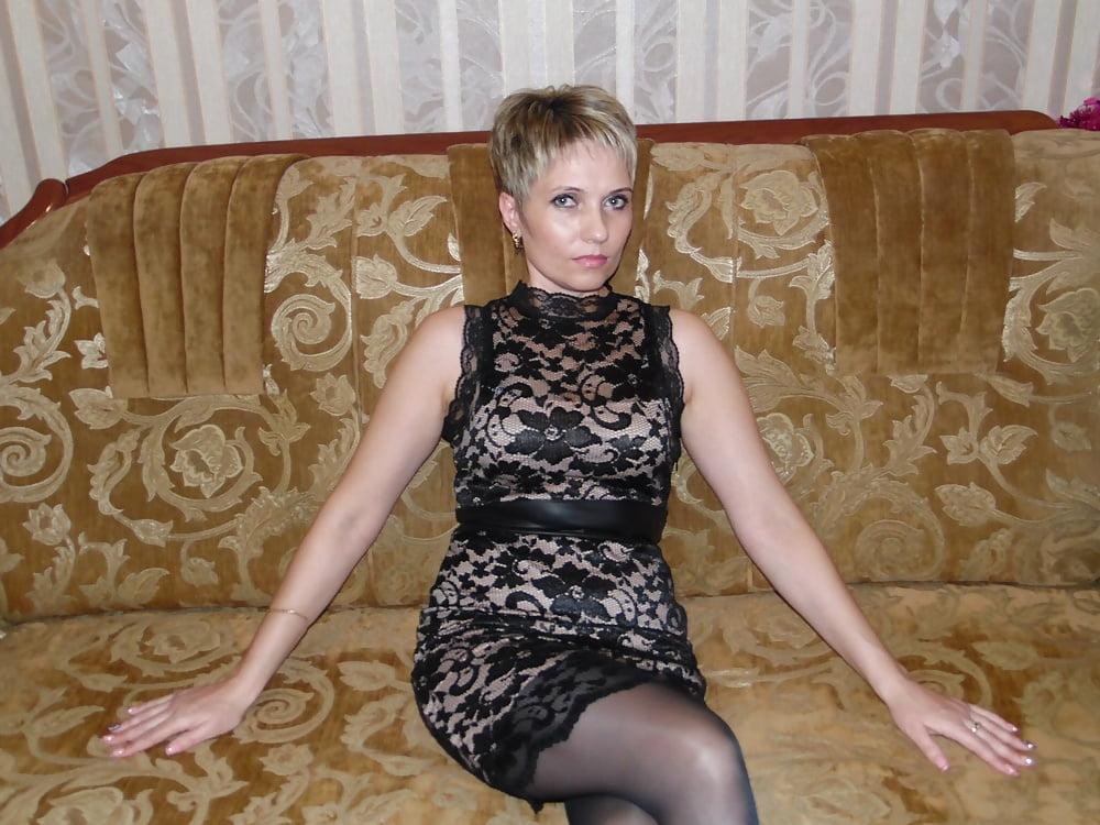 zamuzhnyaya-dam-lizat-porno-kategoriya-seks-igrushki