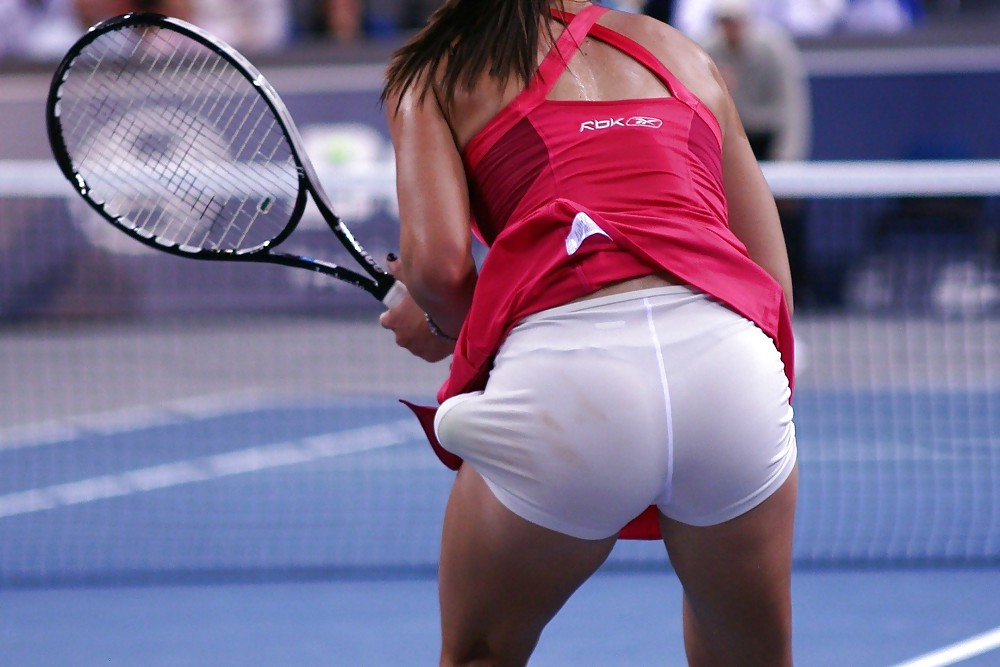 sports pictures Women upskirt