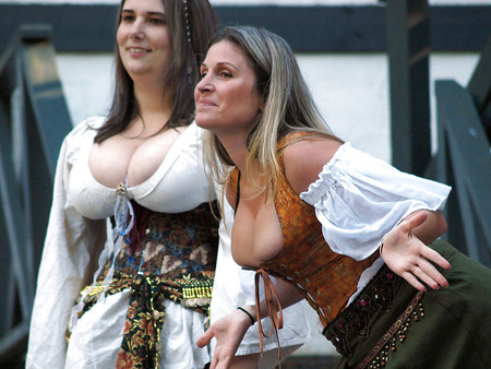 cleavage tits Renaissance big