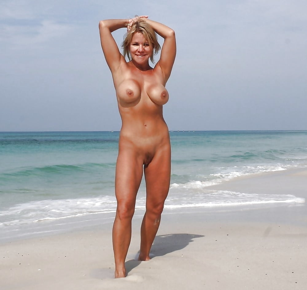 Beach Milf Pictures