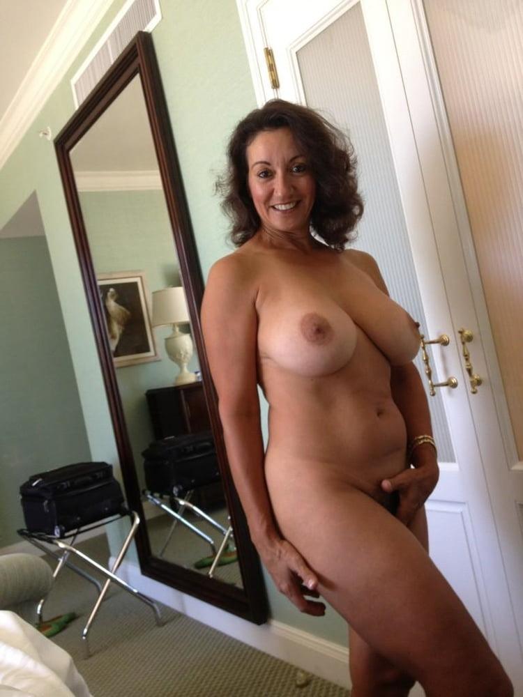 Free porn shemale fucks wife
