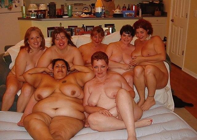 Толстые голые толпа