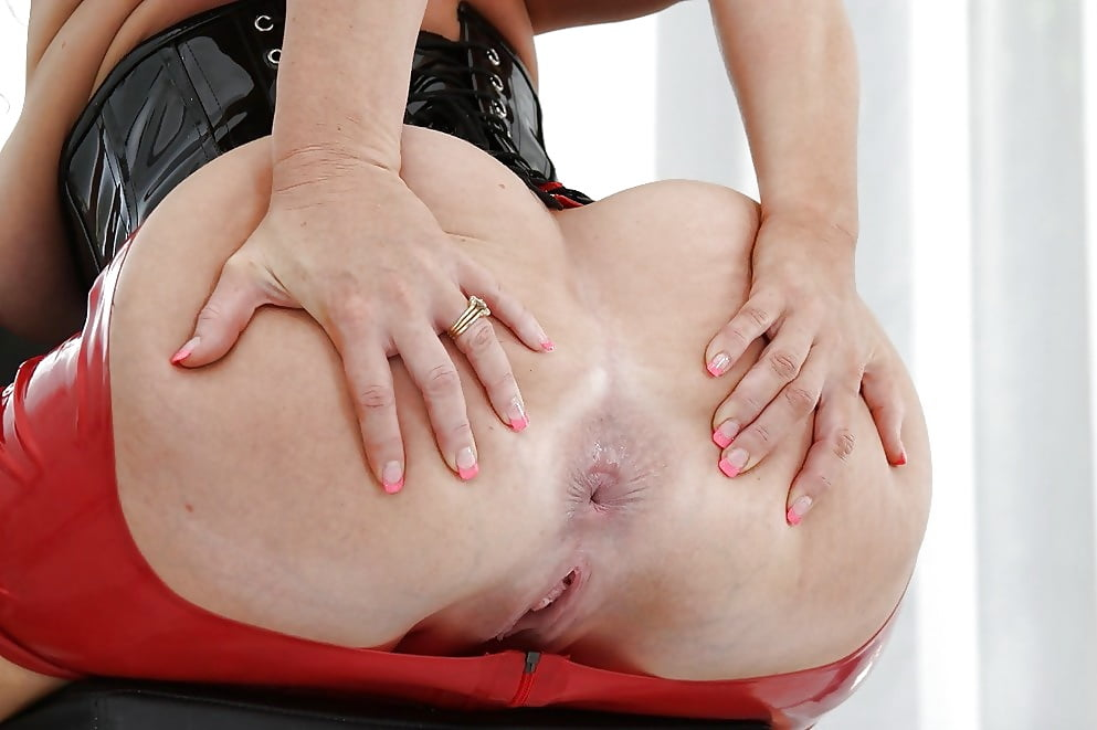 Stepsis Lalya Love Lets Stepbro Spread Her Ass Cheeks And Plays With Themexcl