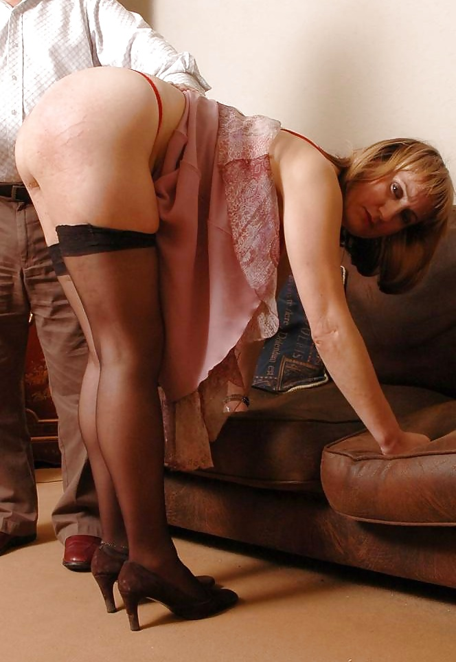 Mature ladies who spank — pic 5