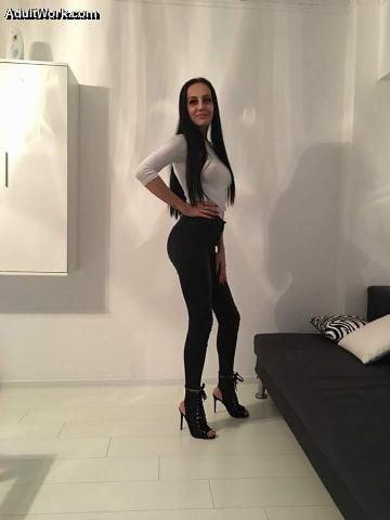 Hot sexy women near me-1513