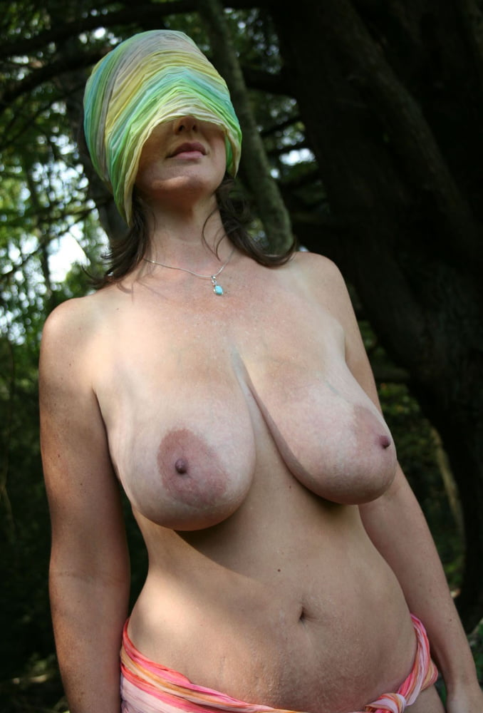 Tiny flat tits