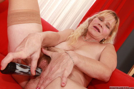 Slutty granny whore- 12 Pics