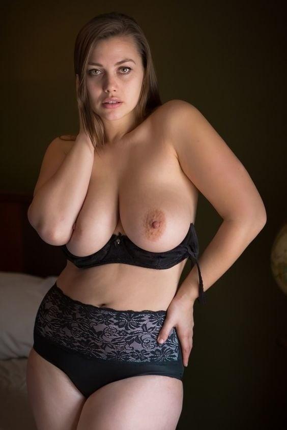 Huge tits latina webcam