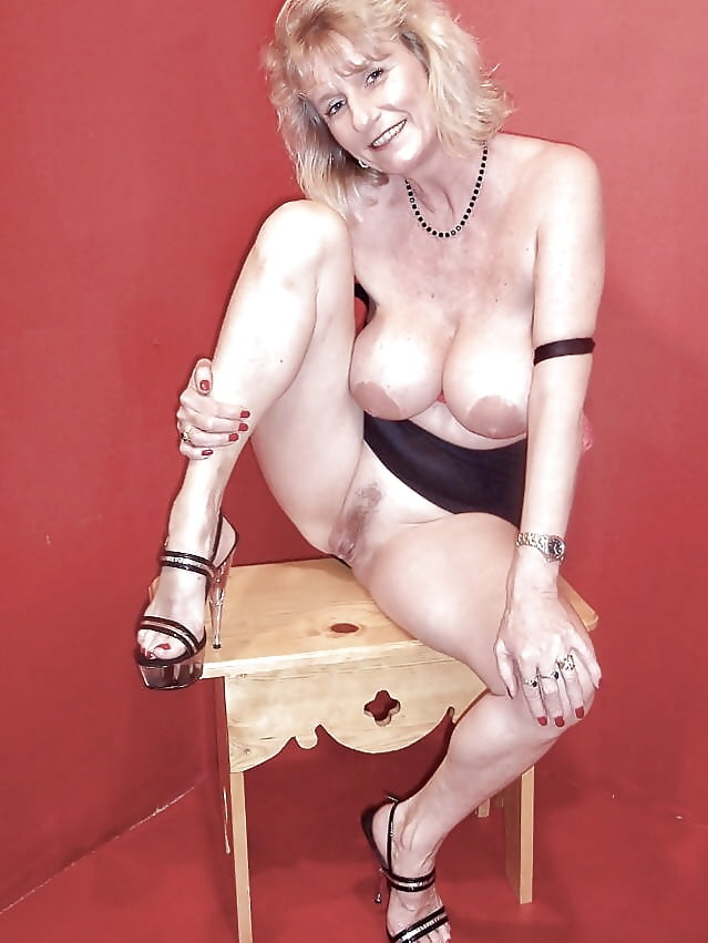 Suzanne milf, brody nude