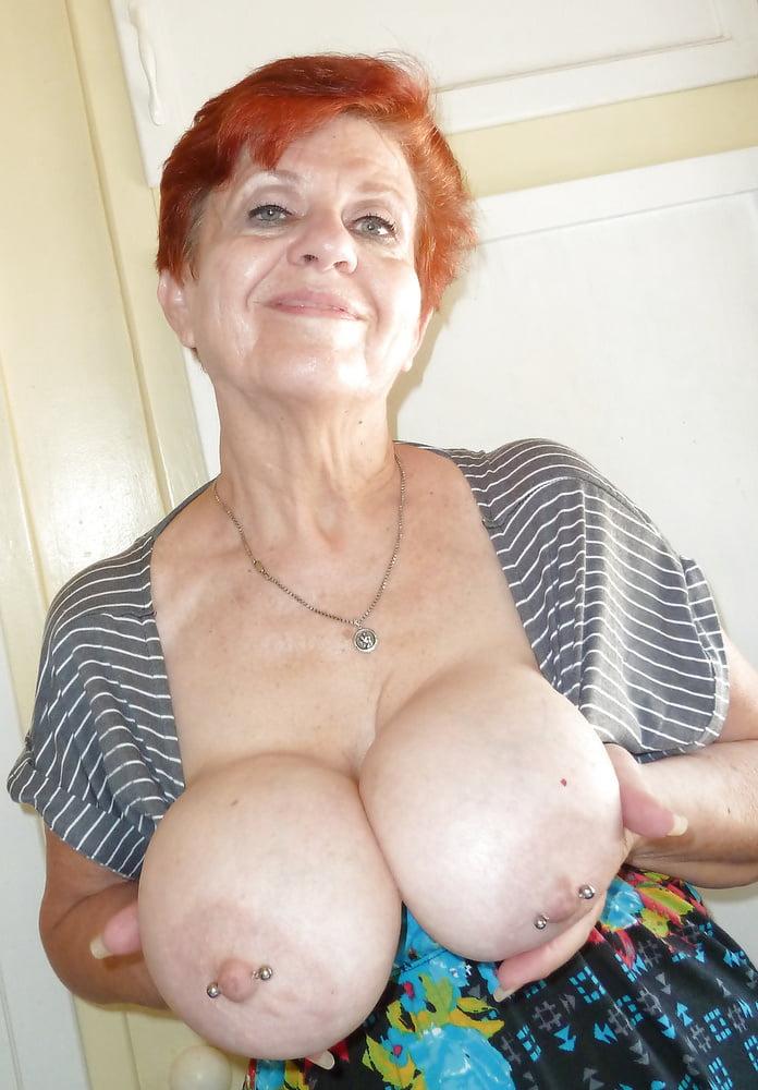 Mature granny big tits free porn
