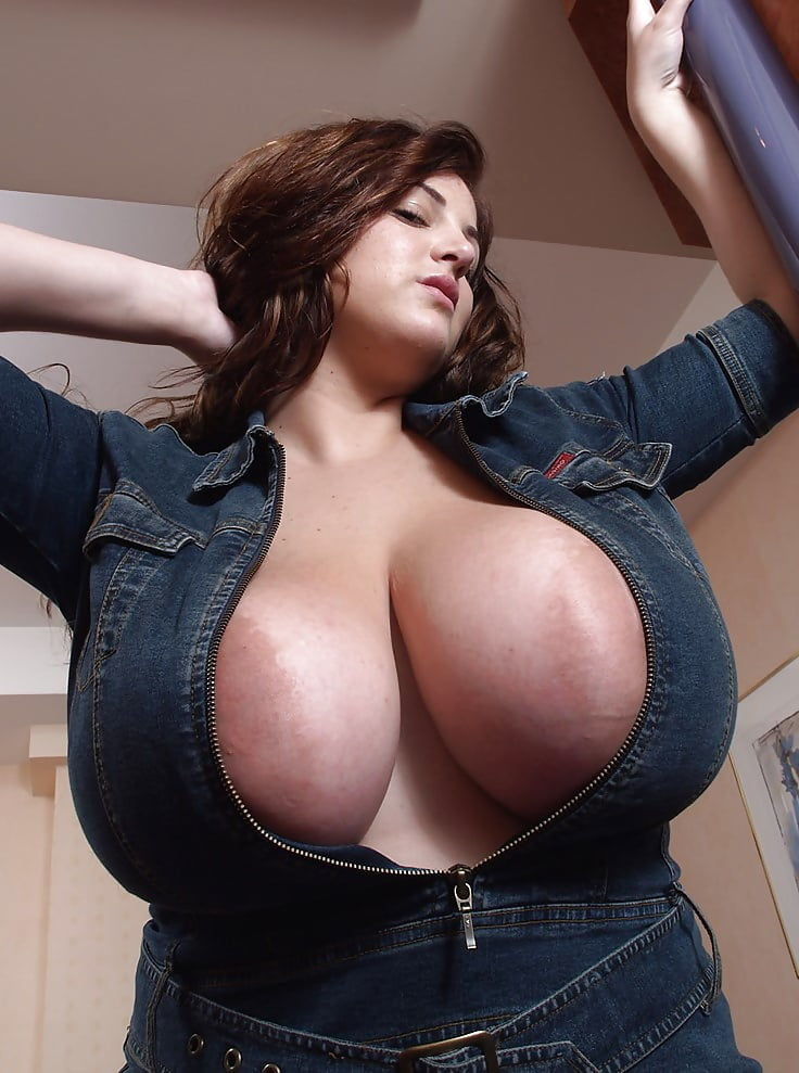 Huge Tits Popping Out Of Bra Gif