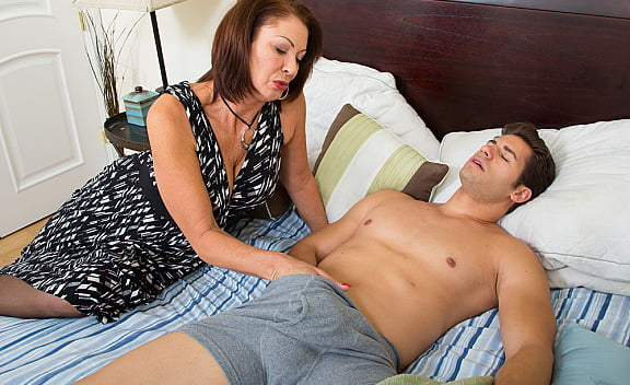 Sex video in mother and son
