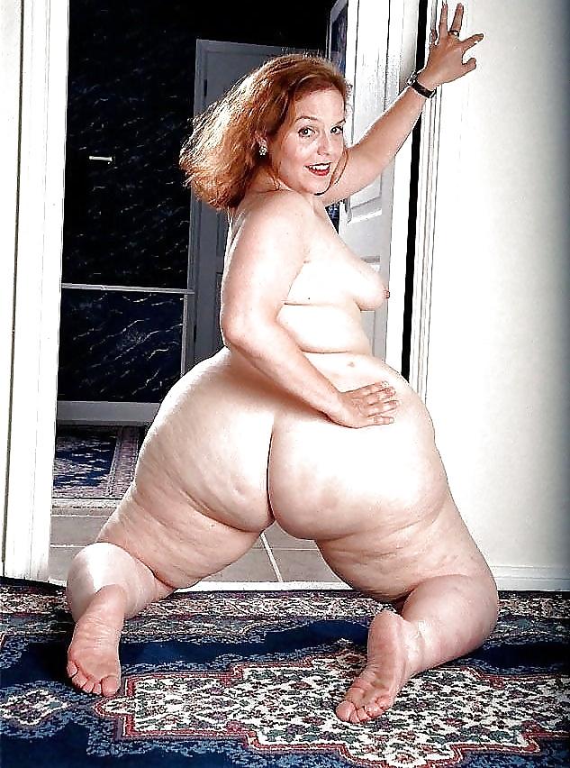 nacked wide hips in uganda