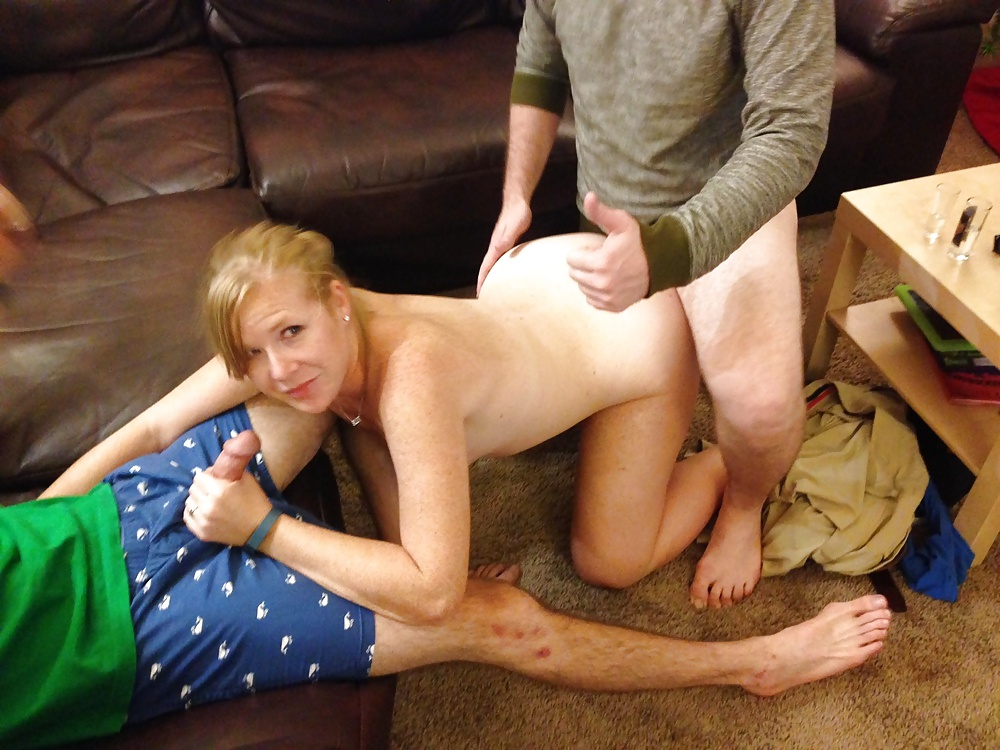 Wife stays naked when neighbors stop by, shakira hot and nude