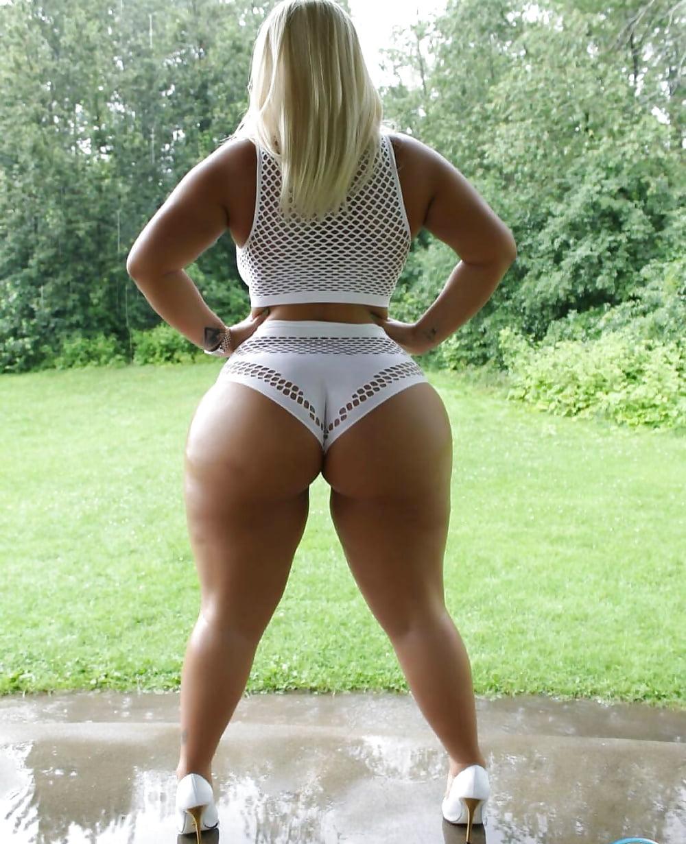 Thick ass white women
