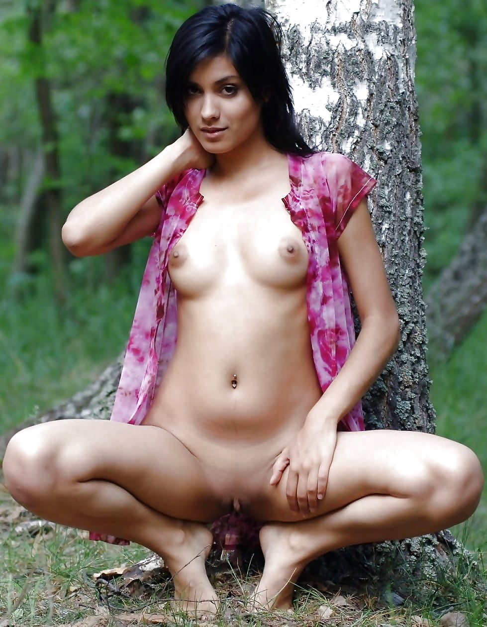 Nude girls perfect pakistani young