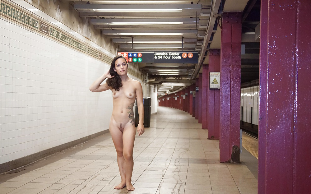 Ass naked girl in nyc