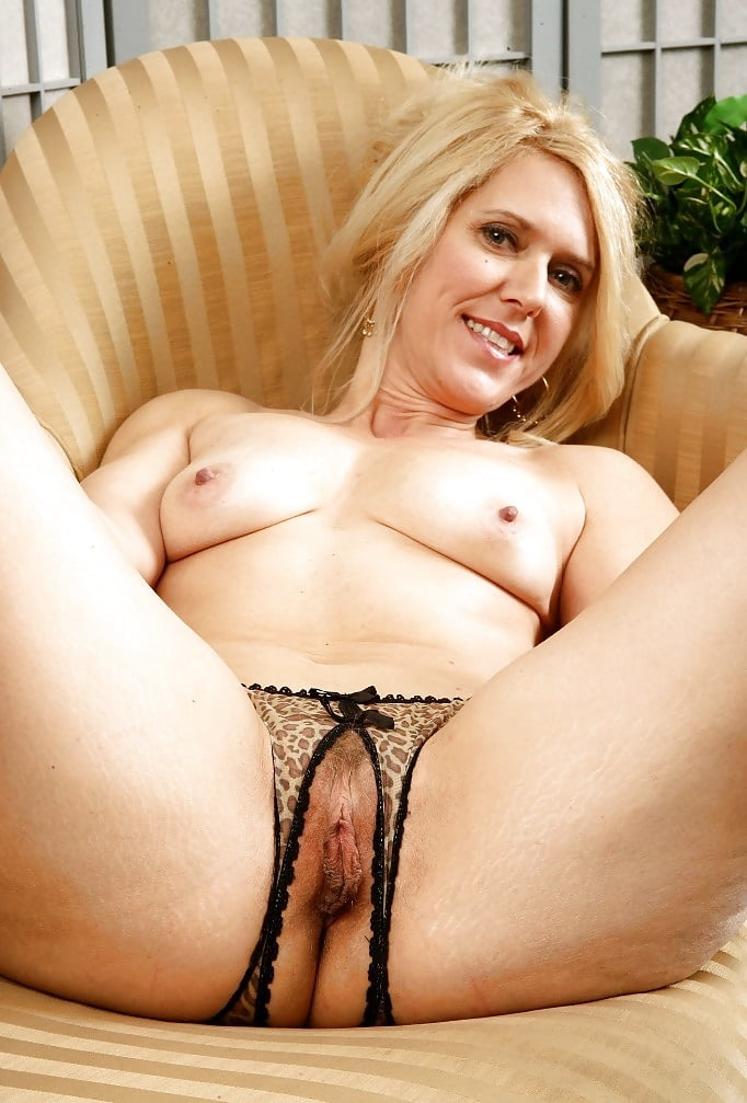 Mature trimmed pussy pics